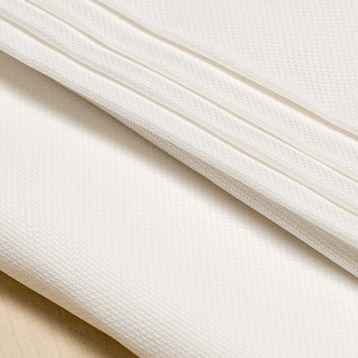 16 COUNT ANTIQUE WHITE AIDA - 50cm